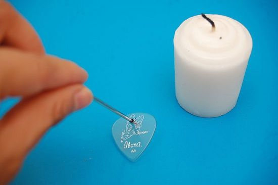 How to Make a Guitar Pick Necklace: 5 steps - wikiHow