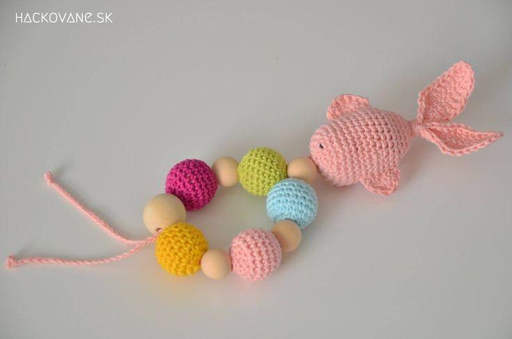 Crochet teething ring www.hackovane.sk