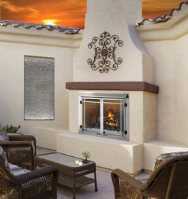 What You Need to Know About Outdoor Fireplaces