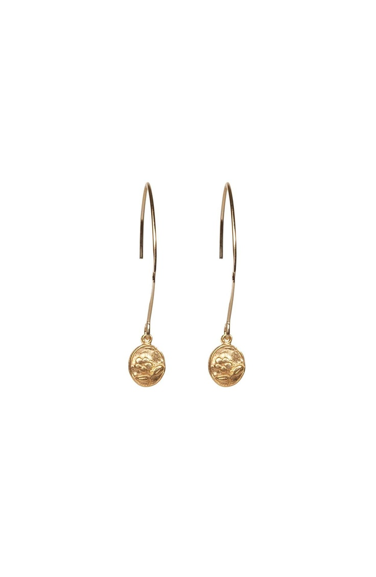 Aimee Long Earrings Nadine Calor @ http://www.designers-united.com/online+shop/item/~/Nadine%20Calor/@/brand/Nadine%20Calor/item/Aimee%20long%20earrings%20/g/70.71.07.09/