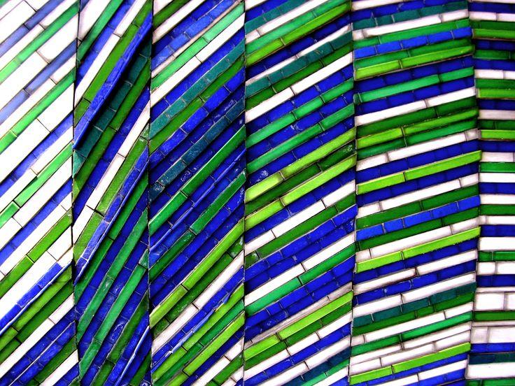 Blue-Green-White +++ photograph by Daniela Faber +++ Paris, France (La Defense)