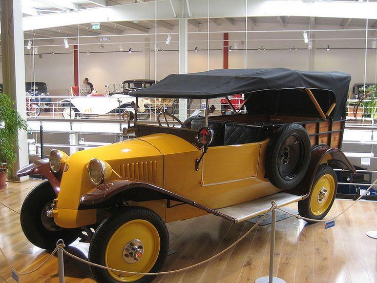 Tatra T 12 Normandie