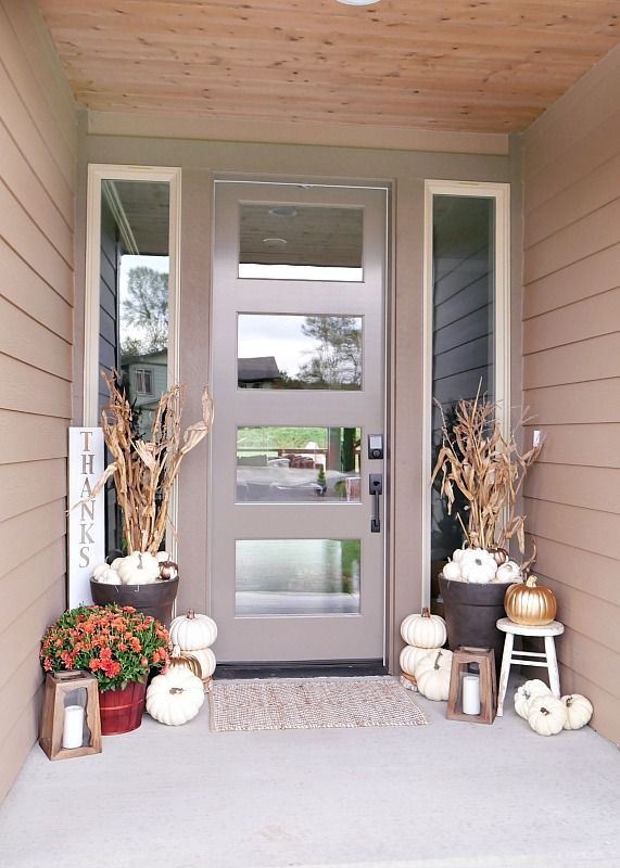 rustic-metallic-fall-porch-2