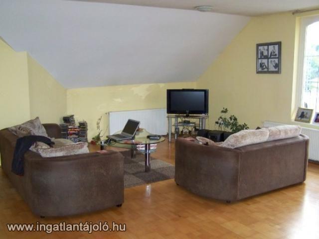 Tágas 2 szoba nappalis erkélyes lakás áron alul eladó, Eladó társasházi lakás, Érd, Tusculánum, Kossuth Lajos u., 15 900 000 Ft #3710853 - Ingatlantájoló.hu