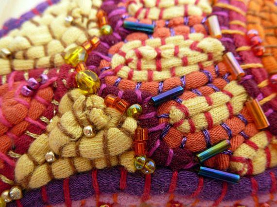 Maxi spilla in tessuto rosa rosso arancio ricamo folk girellone Paisley filo e…
