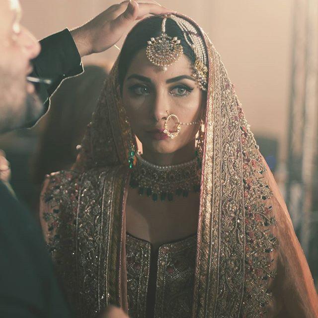 WEBSTA @ innayaheritagejewellery - DARA SHIKOH AUR SUNEHRI CHURAIL@officialfahadhussayn @sabeekaimam at QMobile HUM Bridal Couture Week featuring novelty couture bridals