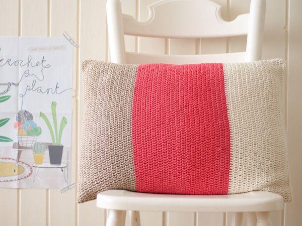 DIY: designer-look colour-block cushion