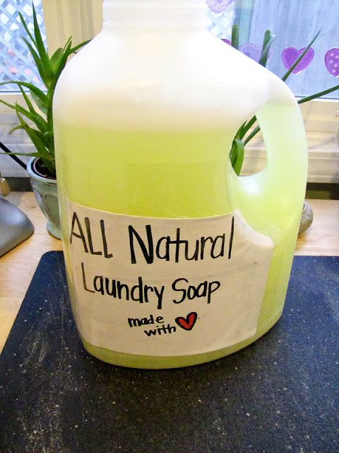 diy laundry soap {eco-friendly & cheap!} gonna try the liquid form especially since I can add my own smell good oil!!