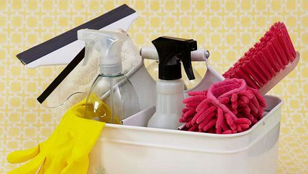 Forget spending hours cleaning the house. Our tips will show you how to clean when you are pressed for time.
