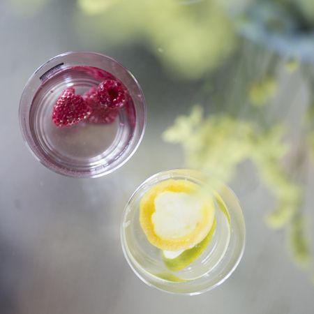 Summer is here! #raspberry #lemon #wasser #lemonade #fresh #drinks #homemade #chinchin #mooris