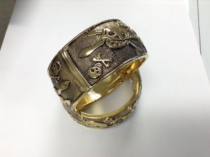 Gold pirate bracelet