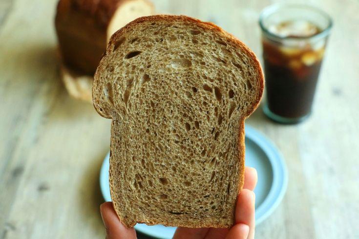 コーヒー食パンとコーヒークリームサンド