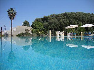 KORFU, Messonghi, 504 Euro Ferienwohnung am Strand, Hotelservice - Ferienwohnung Studio, Schlafmöglichkeiten für 4Ferienhaus in Korfu Stadt von @homeaway! #vacation #rental #travel #homeaway