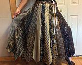 Plus Size lange rok/gerecycled stropdas rok/Silk Rok/Upcycled kleding/voorzien Mens stropdassen/zwart zilver goud/Womens maat XL, 1 X, 2 X Tall