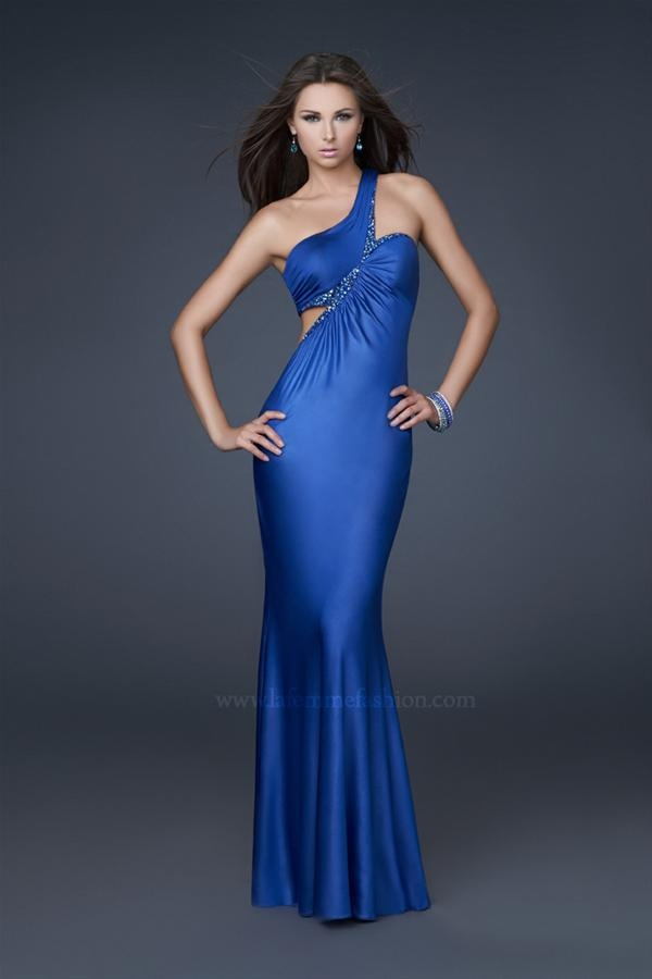 Neckline prom dresses and zippers on pinterest