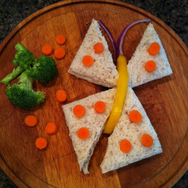 Butterfly Sandwich for lunchtime smiles! :)