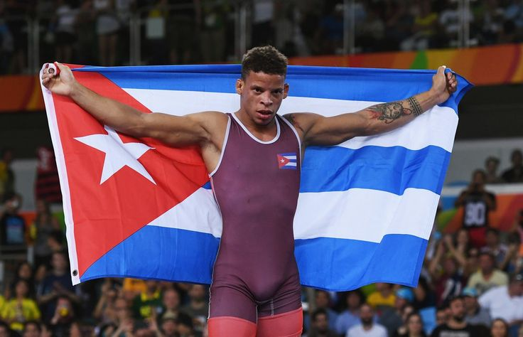 Congrats, Ismael Borrero Molina (#CUB) on winning #gold in #wrestling (men's 59kg)! #Olympics #Rio2016