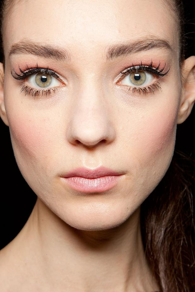 major lashes + peach at elie saab couture spring 2012