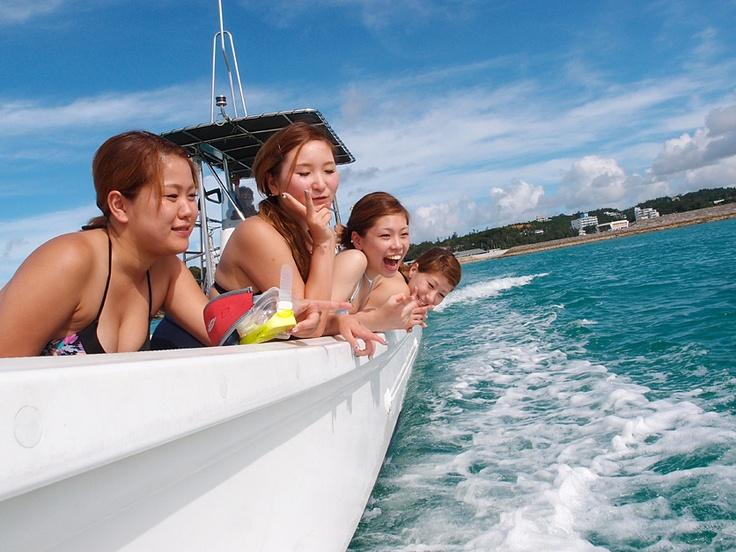 ボートで出航!沖縄体験ダイビング