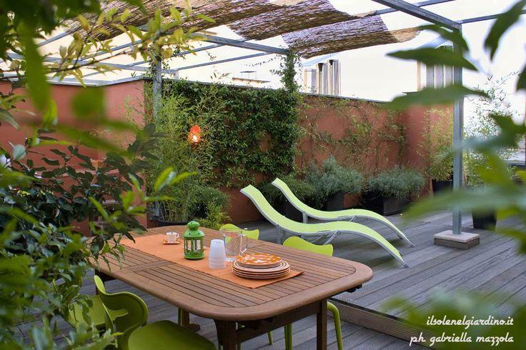 """The open green house"". Roof terrace in Torino, Italy. Designed by Gabriella Mazzola (ilsolenelgiardino.it)"
