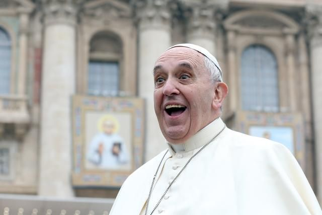 Funniest Late-Night Jokes About Pope Francis's U.S. Visit