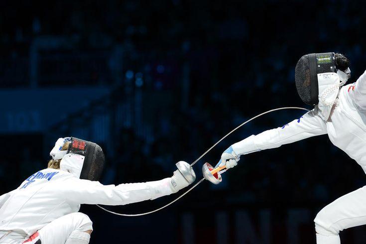 esgrima (fencing)