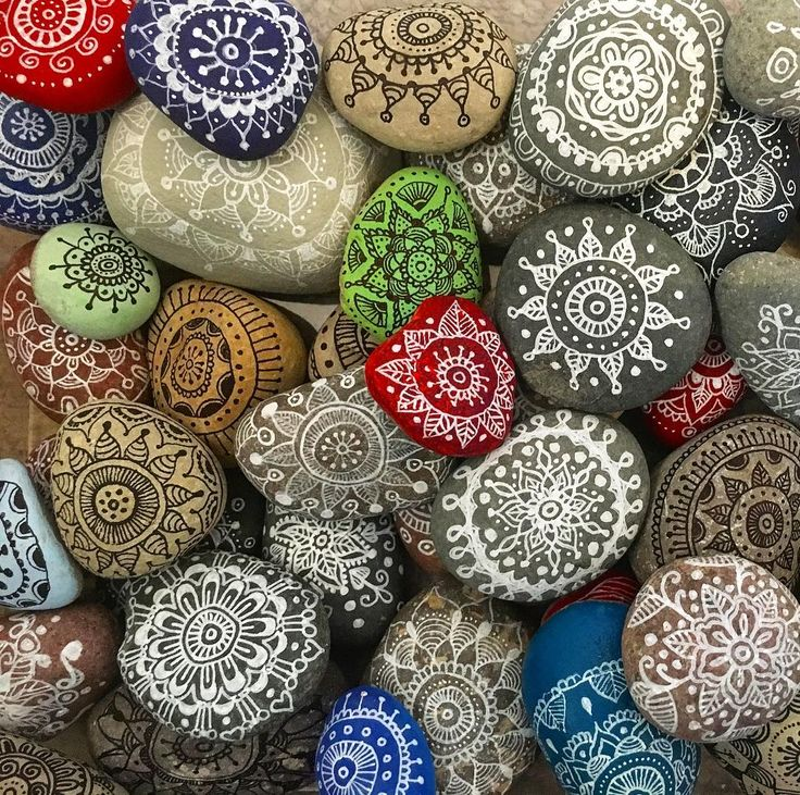 Getting ready for another school activity this year. @schools.kindnessrock teaching our young generation the power of #intentionalkindness and #altruism stay tune for our next #kindnessrock project.