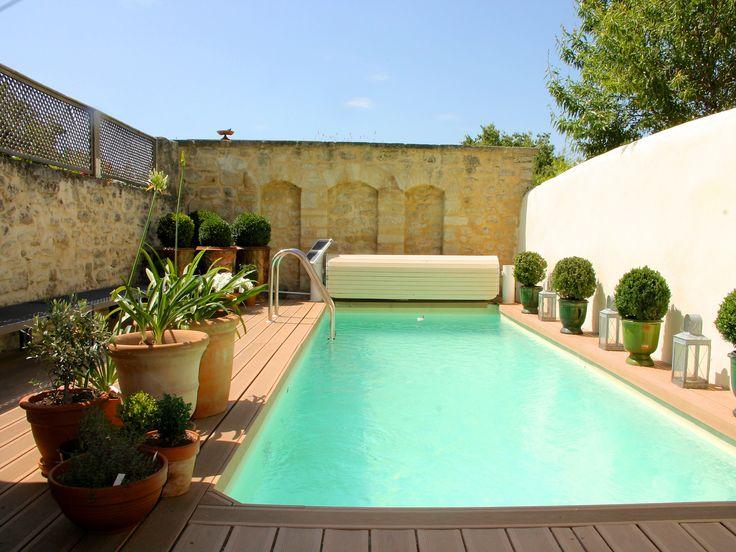 Casa geminada (townhouse)/Casa de fila à venda Uzes, França with 3 Dormitórios 1 Banheiros