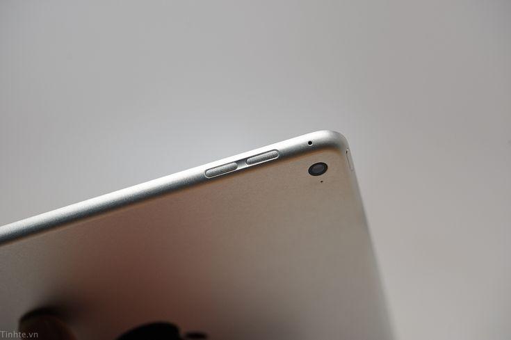 iPad Air: Kein neues Modell 2015 - https://apfeleimer.de/2015/07/ipad-air-kein-neues-modell-2015 - Das iPad Pro ist derzeit in aller Munde, insbesondere vor dem Hintergrund, dass der Tablet-Markt in naher Zukunft aufgrund des Business-Marktes ein gutes Stück wachsen soll. Bislang wurde davon ausgegangen, dass neben dem iPad Pro auch noch zwei weitere iPad-Updates ins Haus stehen würden, n...
