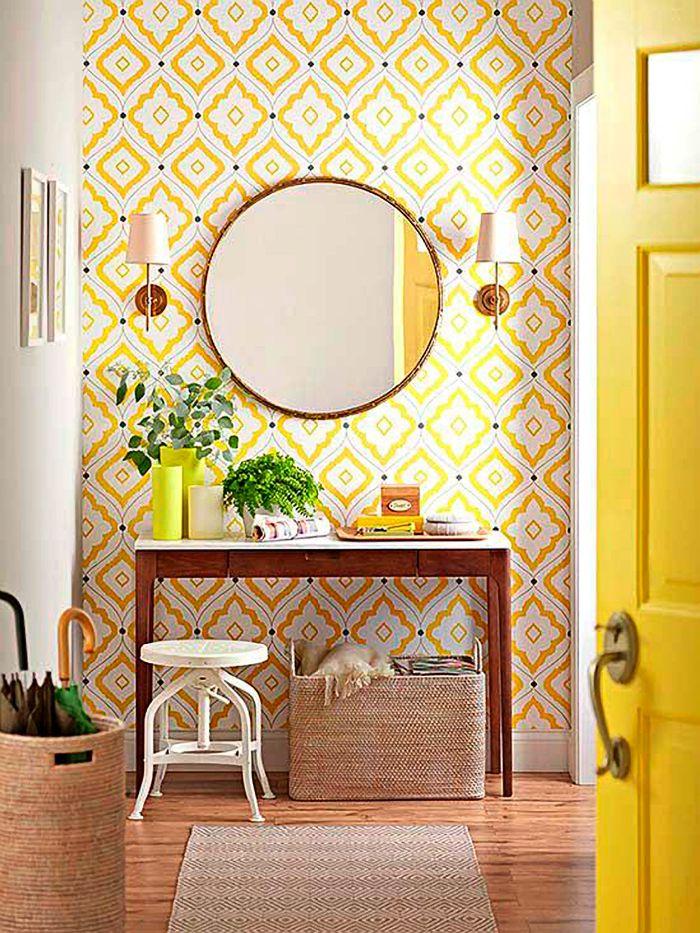 beau motif jaune g om trique pour ce papier peint une jolie d coration d 39 entr e pleine d. Black Bedroom Furniture Sets. Home Design Ideas