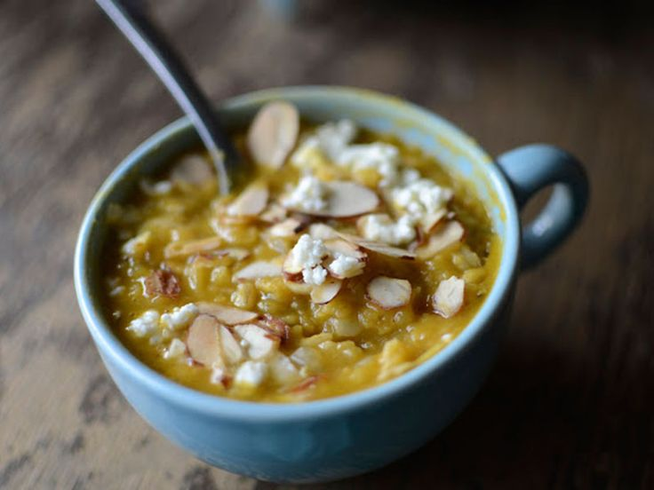 ..σούπα; Μας αρέσουν τα νόστιμα φαγητά αλλά και αυτά με πλούσια θρεπτική αξία. Σούπα με φακές και ρύζι. Νόστιμη και υγιεινή συνταγή για κυρίως πιάτο…