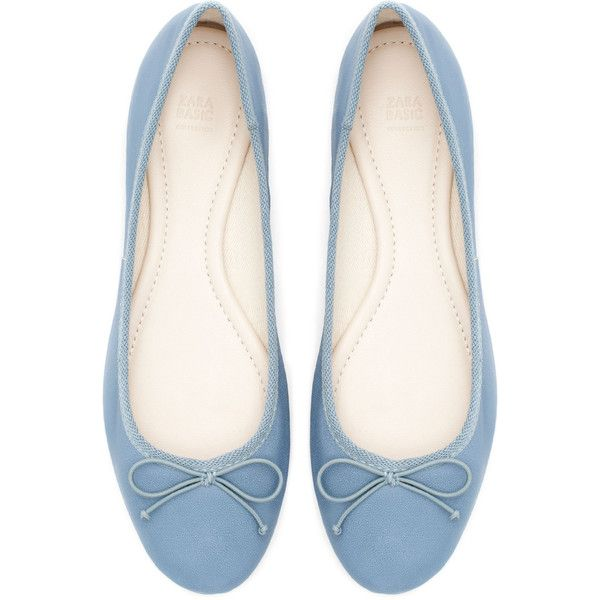 Zara Leather Ballerina ($20) ❤ liked on Polyvore featuring shoes, flats, sapatos, sapatilhas, sky blue, leather shoes, ballet shoes, zara flats, ballerina flats and real leather shoes