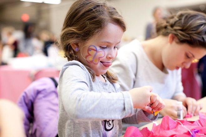 Child working on craft activity at AGO FamilySundays
