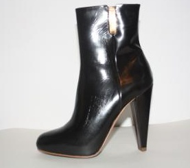 "Fab leather ""Aruthur Galan"" ankle boots.  Look amazing with leather leggings and the wool cape.  Just $190"