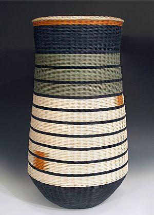 Kari Lonning. Contemporary basketry