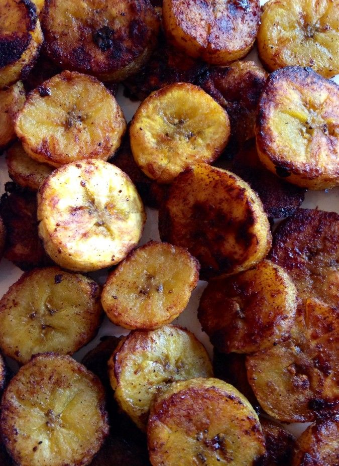 Sweet Caramel Cinnamon Baked Plantains - Ripe plantains tossed in ...