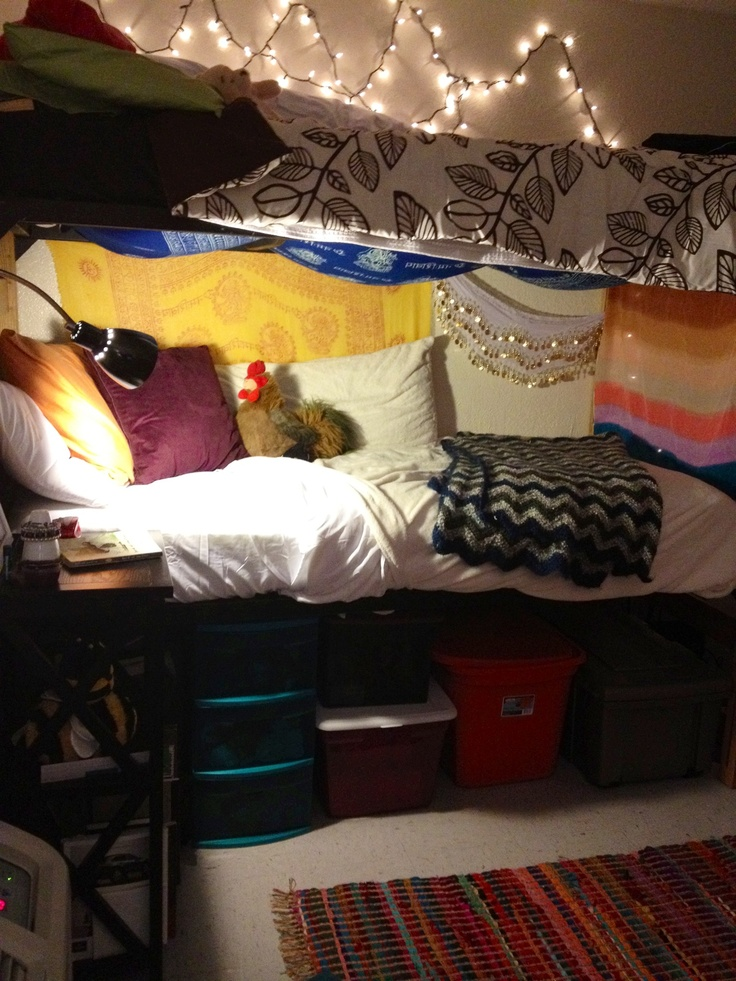 1000+ ideas about Bottom Bunk Dorm on Pinterest  Bed In  ~ 085130_Dorm Room Bunk Ideas