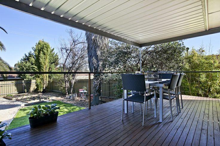 outdoor entertaining deck
