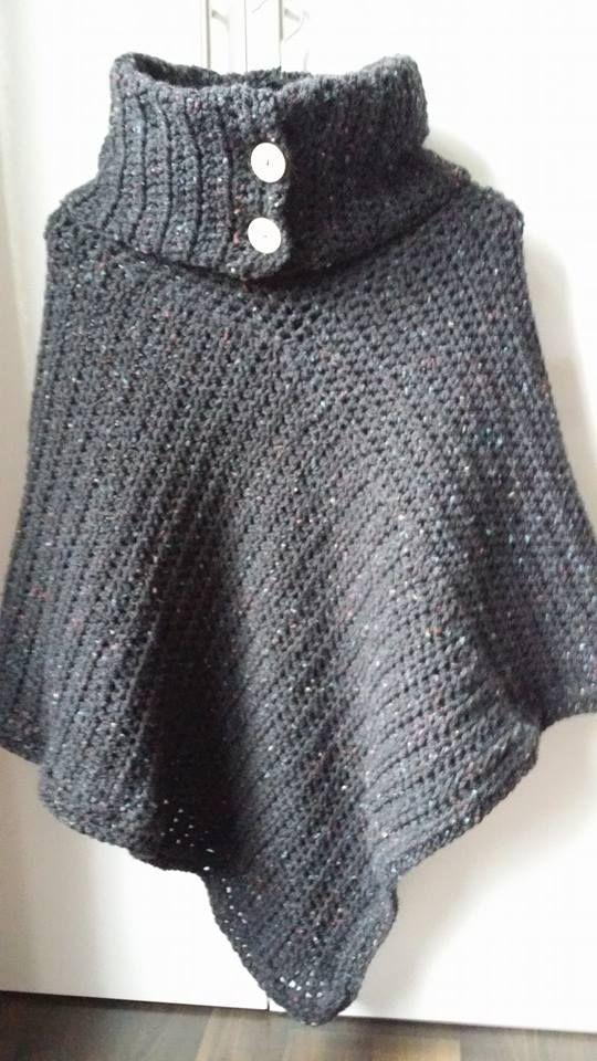 Poncho met grote col van 5 bollen Tweed op nld 8. 2 lappen van 50x100 en voor col 30 st (boordpatroon, halve st steeds in de achterste lus insteken)