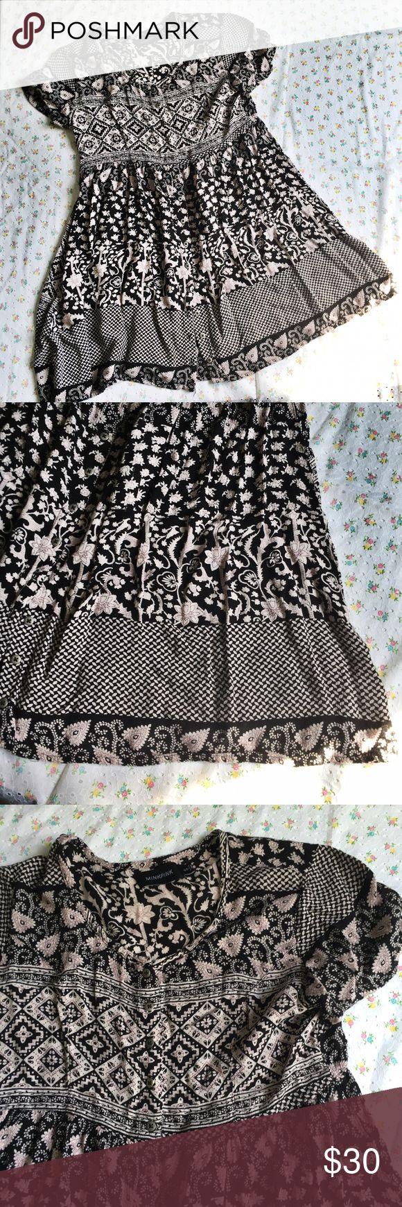 MINK PINK floral button hippie boho festival Gorgeous simple dress. Size small. Mink Pink. Grey/cream & black floral. MINKPINK Dresses Mini