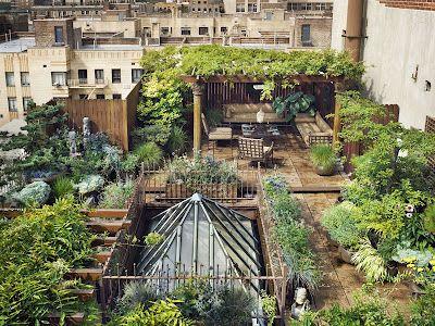 Manhattan penthouse rooftop garden.: Rooftops Gardens, Secret Gardens, New York Cities, Green Roof, Rooftops Terraces, Dreams Gardens, Rooftop Gardens, Roof Gardens, Private Gardens