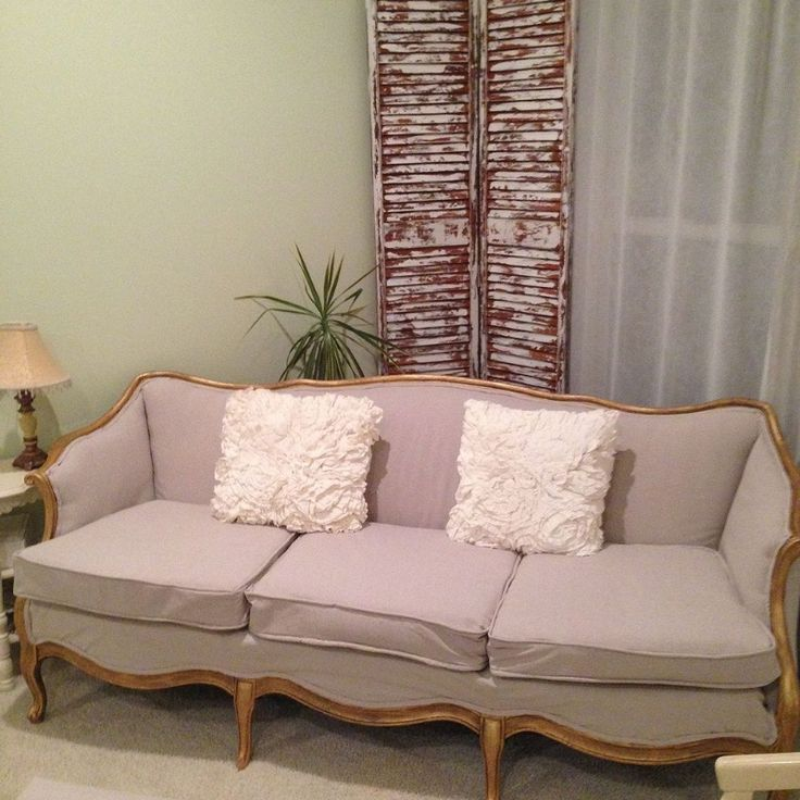Antique Couch Makeover Marks the Start of a New Livingroom