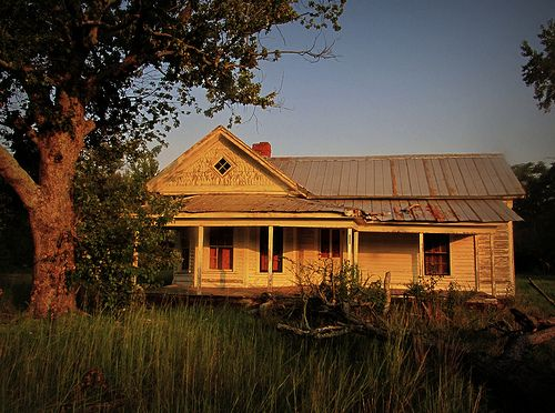 *I'm sure that families who have lived in this house over the years remember the warmth of a Carolina sunset.