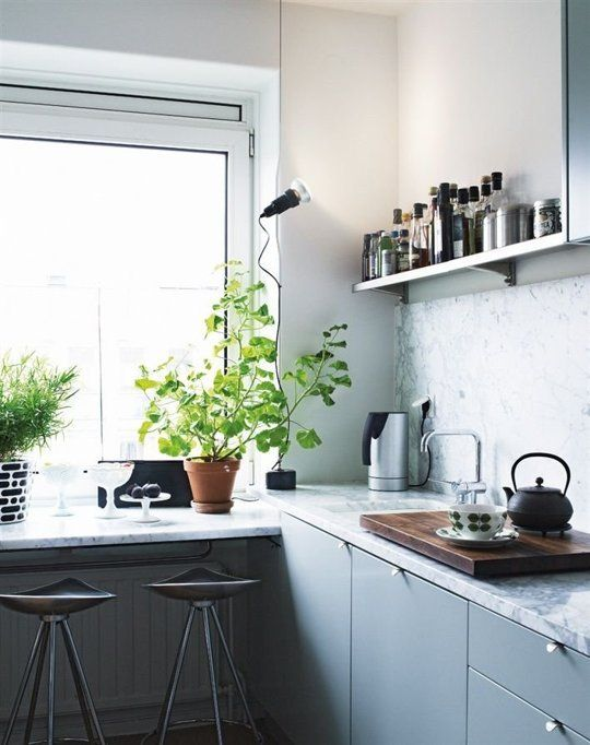 12 Kitchens That Only Have a Single Shelf — Apartment Therapy | The Kitchn