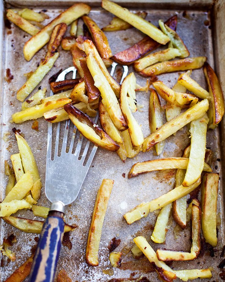Homemade oven chips often turn out soggy, follow these steps to get perfect crispy oven chips every time.