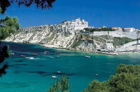 HiPuglia: Le Isole Tremiti. Perle dell'Adriatico  http://www.hipuglia.com/2011/09/le-isole-tremiti-perle-delladriatico.html