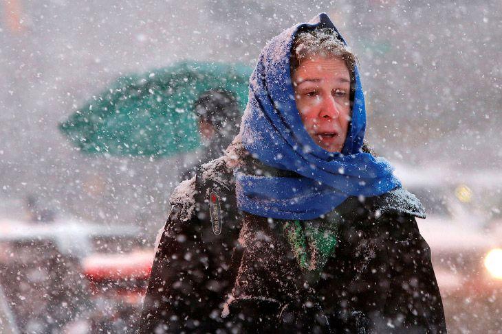 Снежная Америка http://kleinburd.ru/news/snezhnaya-amerika/  В этом году снегопады в России бьют один рекорд за другим. В южных Крыму и Сочи под снегом оказались пальмы, а в холодном Новосибирске количество снега побило рекорд за столетний период наблюдения. Снег даже выпадал в пустыне Сахара. Сегодня будут фотографии Нью-Йорка, Бостона, Филадельфии и северо-востока США. Это снежная Америка. 22 фото 1. Снегопад в […]