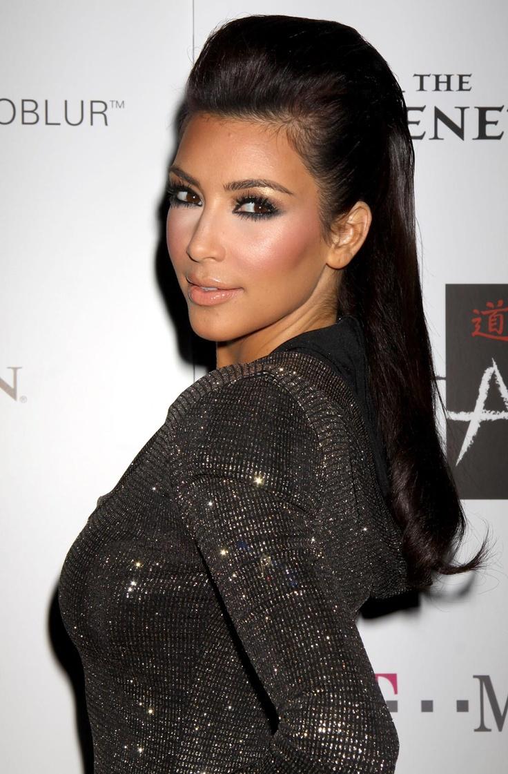 kim kardashian nake images