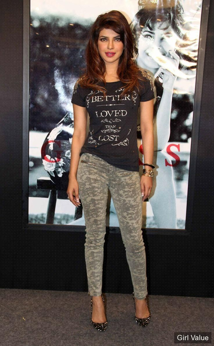Aas Girl Wallpaper Quot Token Quot Quot 2902 Quot Priyanka Chopra Sexy Look In Tight