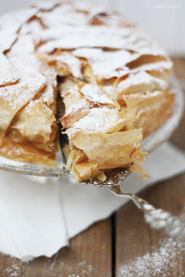 Dreierlei Liebelei: Apfelstrudeltorte {Myriams Kuchen, Tartes & Co)